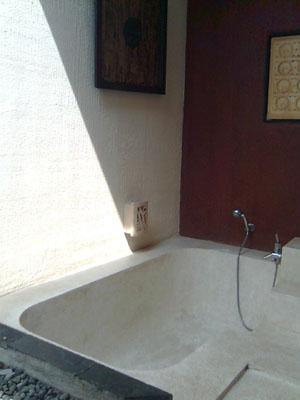 Bak mandi Kalicaa