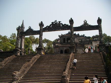Makam Khai Dinh