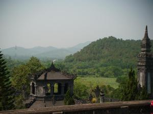 Alam Vietnam dari makam Khai Dinh