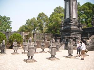 Mandarin makam Khai Dinh