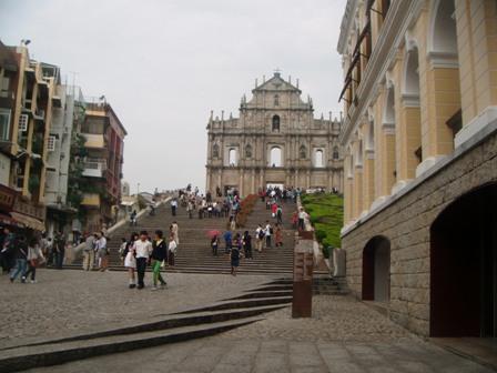 St Paul dari sudut lain