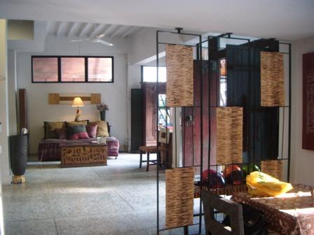 Ruang depan Montrara