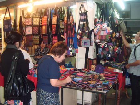 Stand night bazaar