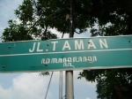 Street names in Jogja are written in Latin and Javanese scripts like this one.