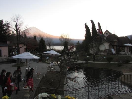 Museum ini juga merupakan salah satu tempat terbaik untuk mengamati cantiknya Gunung Fuji.
